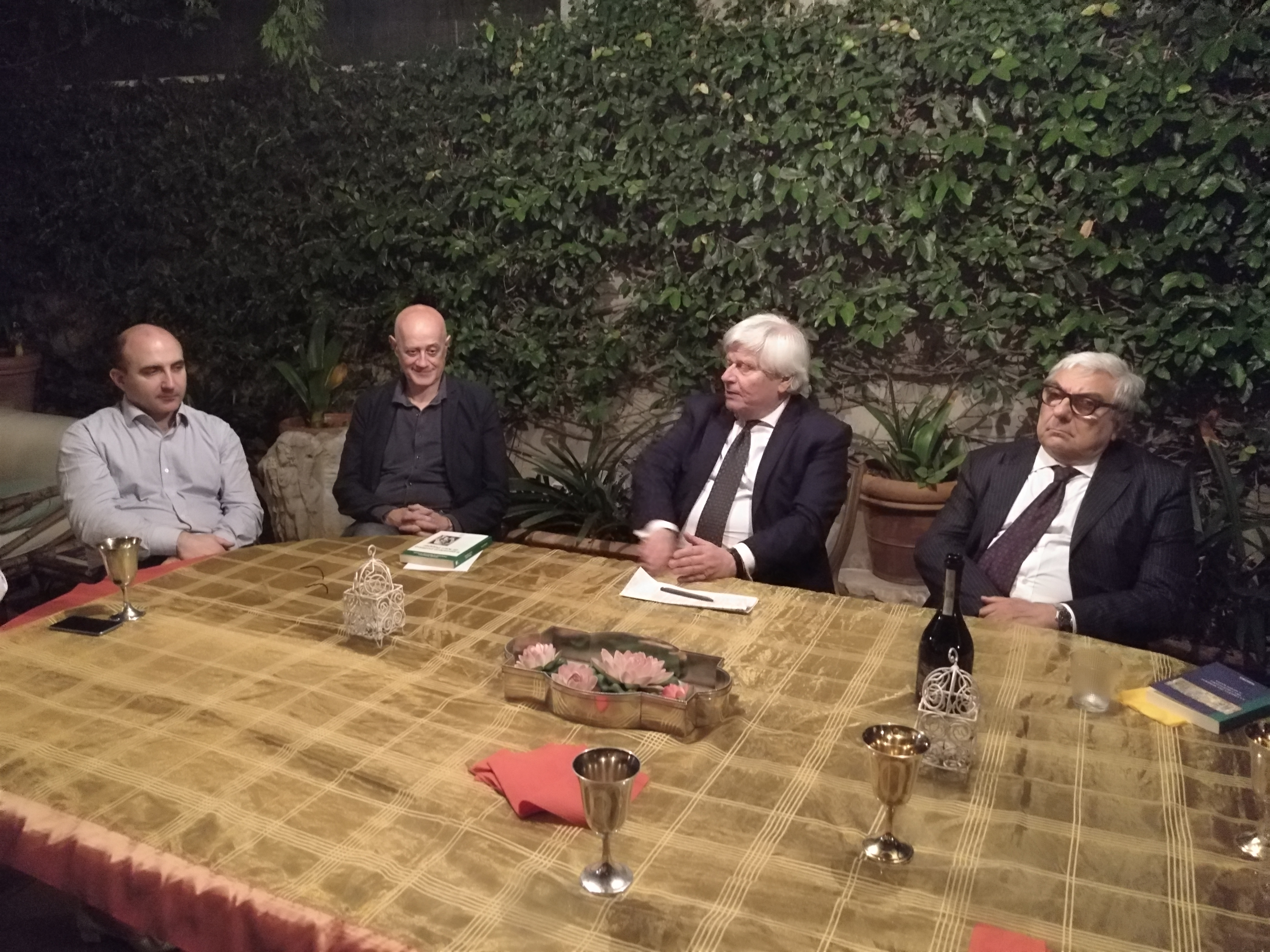 Roma, una cena tra amici, 12 dicembre 2018