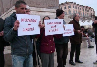 Un momento del flash mod organizzato da Società Libera Per la vita di Radio Radicale, a Roma