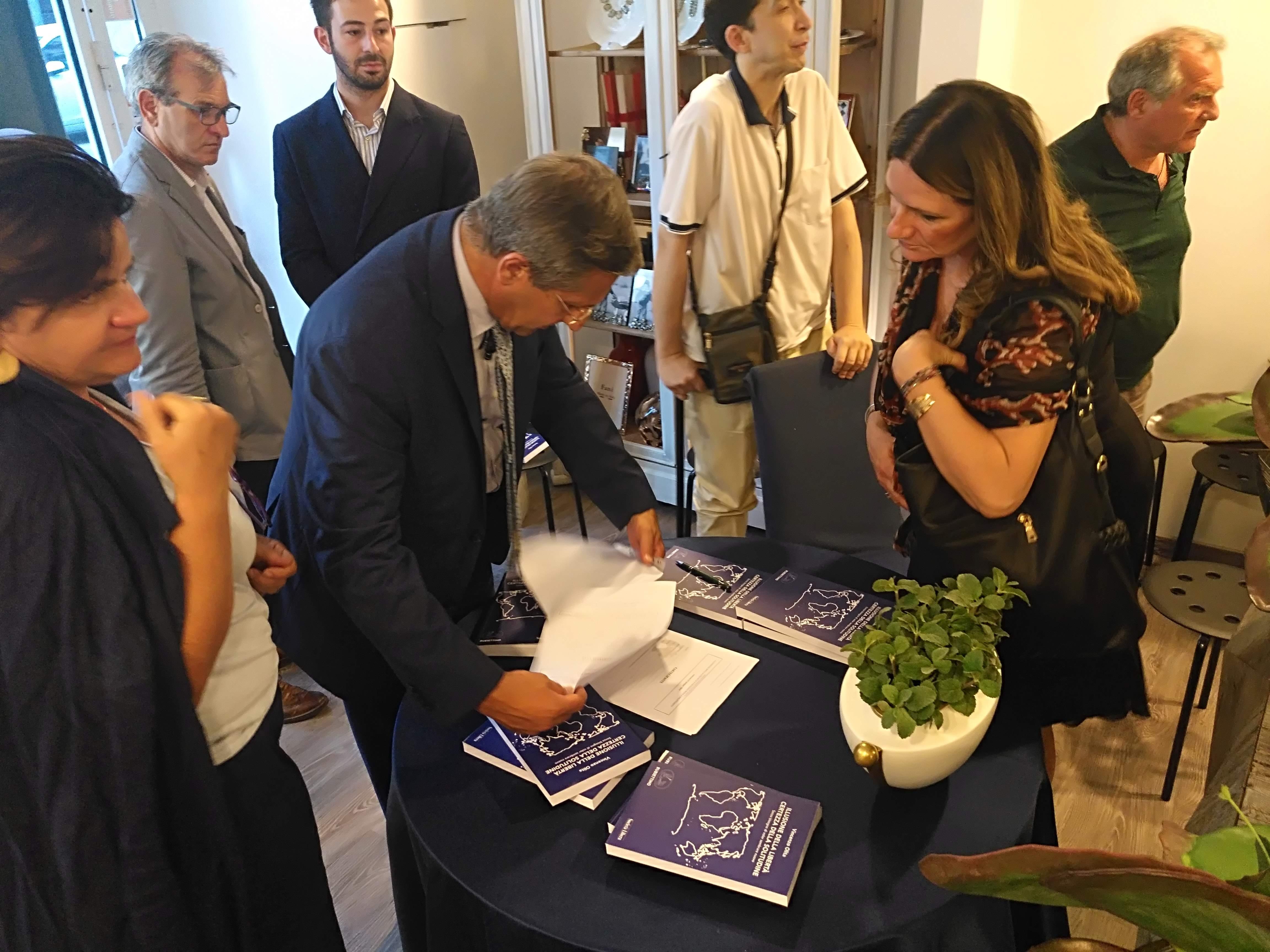 Salerno, Presentazione del Volume Illusione della Libertà Certezza della Solitudine – 28 giugno 2019